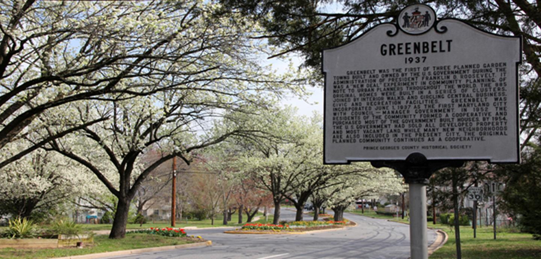 Plaque commemorating the establishment of Greenbelt in 1937