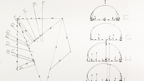 a series of diagrams demonstrating how to draw a croissant