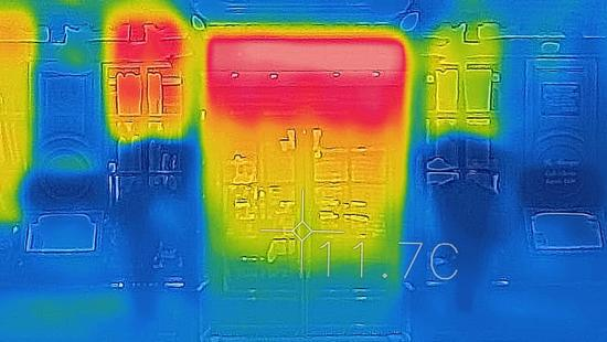 heat map of buildings showing heat at the top of the structures