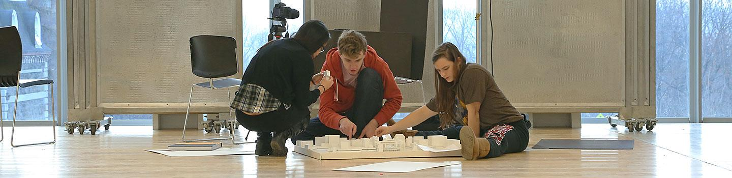 Architecture students prepare for fall 2013 final reveiws