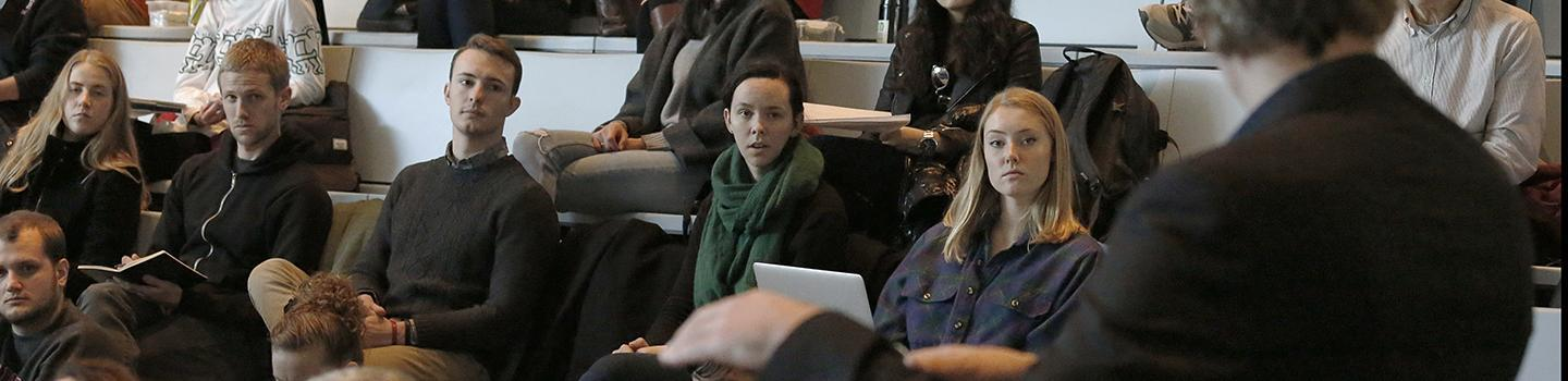 Graduate planning students during Bjørn Sletto lecture