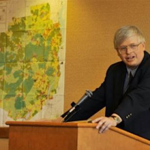 Richard Booth receives Adirondack Wilderness award