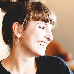 Headshot of Katharina Kral