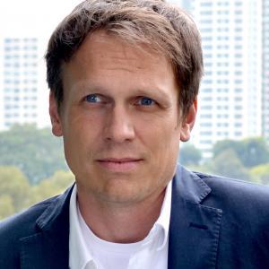 Photo of Dirk Hebel