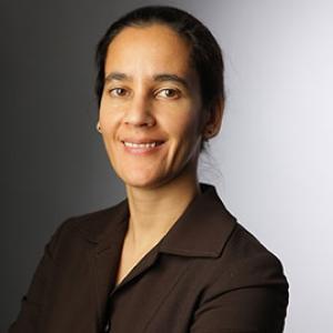 Dr. Samina Raja