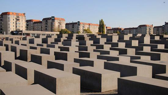 Memorial to the Jews of Europe, photo by Leandro Neumann Ciuffo