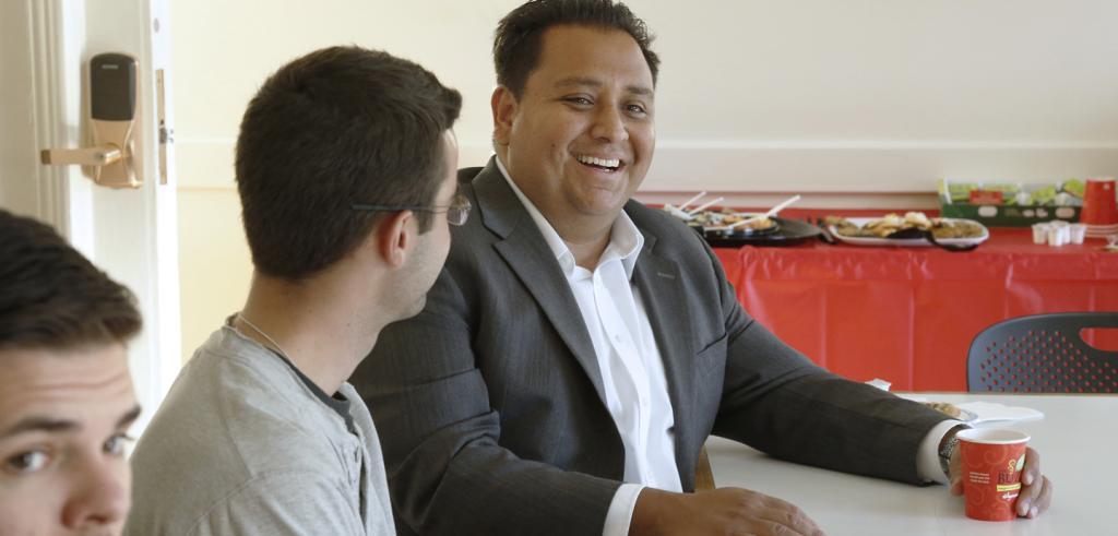Gerardo Francisco Sandoval talks with students