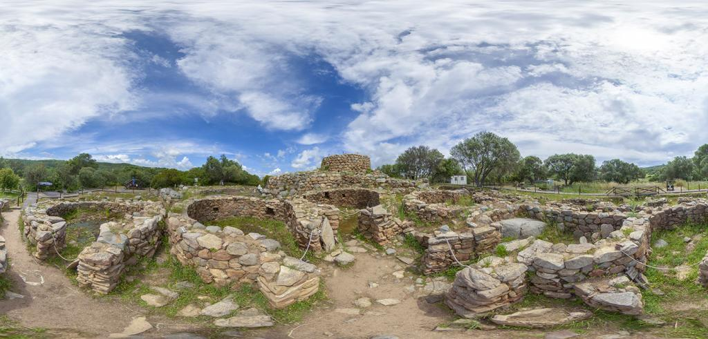 panoramic photos of stone ruins