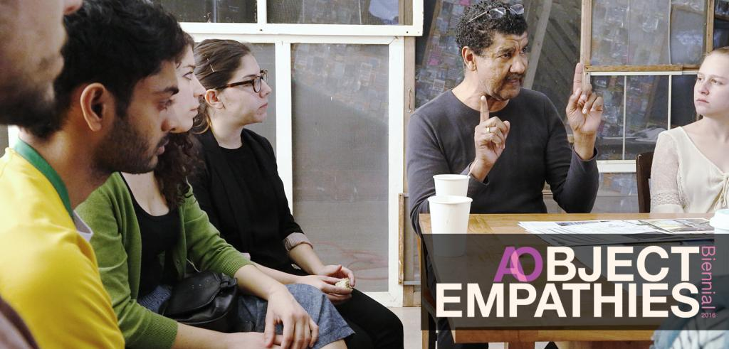 Pepon Osorio in a discussion with students