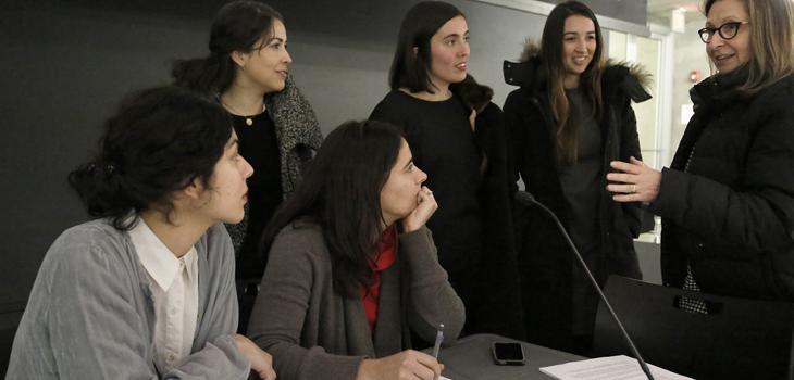 Grupo < > lecture