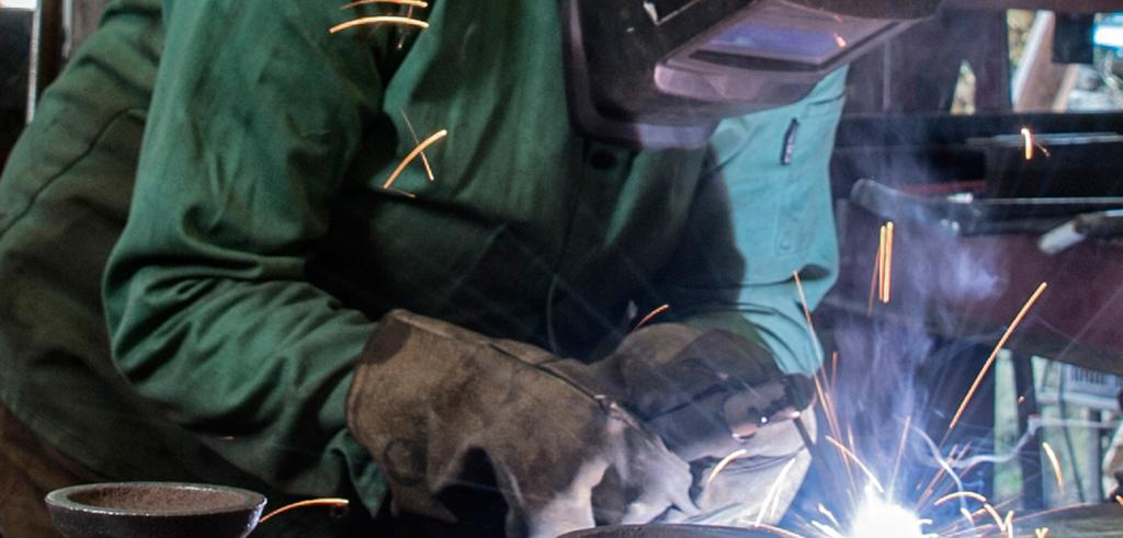 Amy Lewis welding