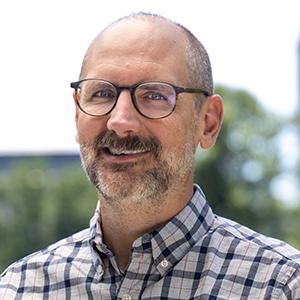 Portrait of Kevin Dossinger