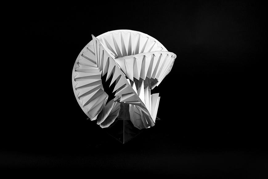 paper model of round geometric shape