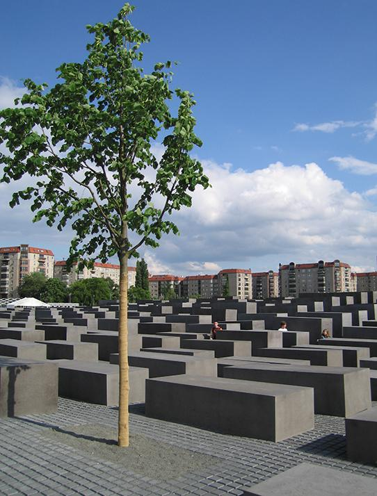 Memorial to the Murdered Jews of Europe, architect Peter Eisenman
