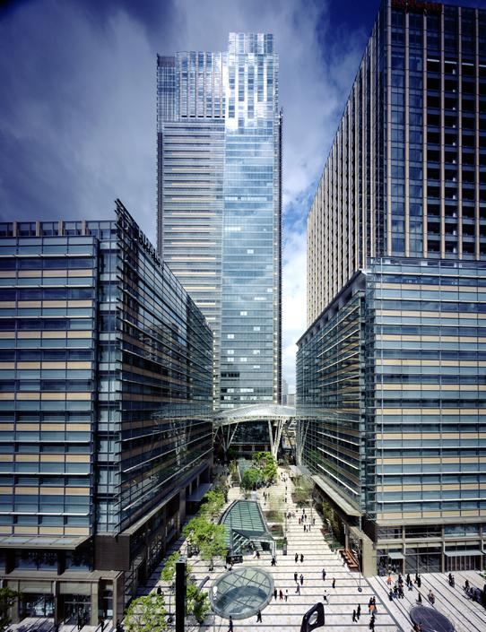 Tokyo Midtown, four glass building of varied heights